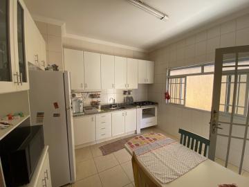 Casa / Padrão em Ribeirão Preto , Comprar por R$695.000,00