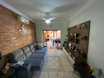 Casa / Padrão em Ribeirão Preto , Comprar por R$460.000,00