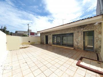 Casa / Padrão em Ribeirão Preto Alugar por R$4.200,00